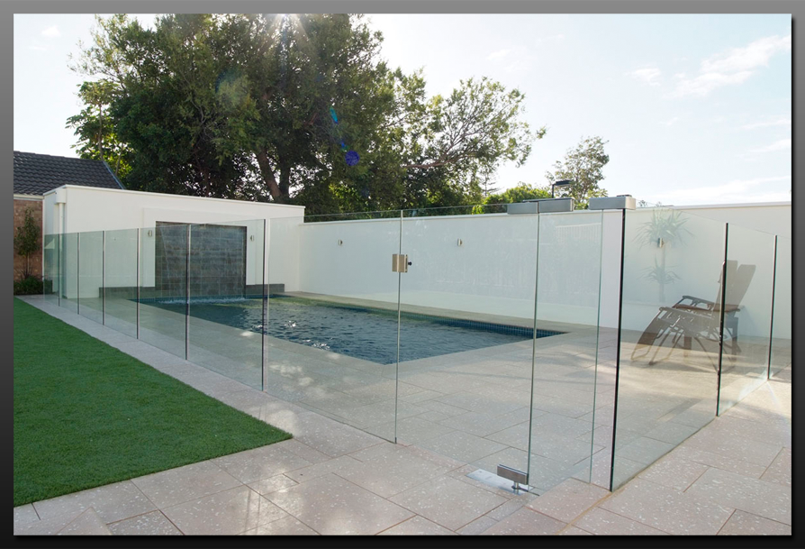 Glass Pool Fencing Amp Balustrade The Fabrication Company