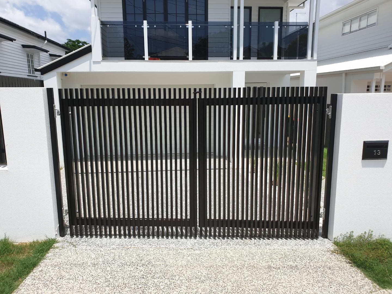 Hamptons Style Aluminium Gate and Fence 2_www.thefabcompany.com.au