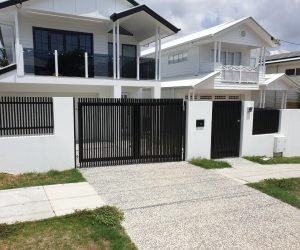 Hamptons Style Aluminium Gate and Fence 1_www.thefabcompany.com.au